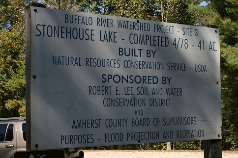 Stonehouse Lake Sign